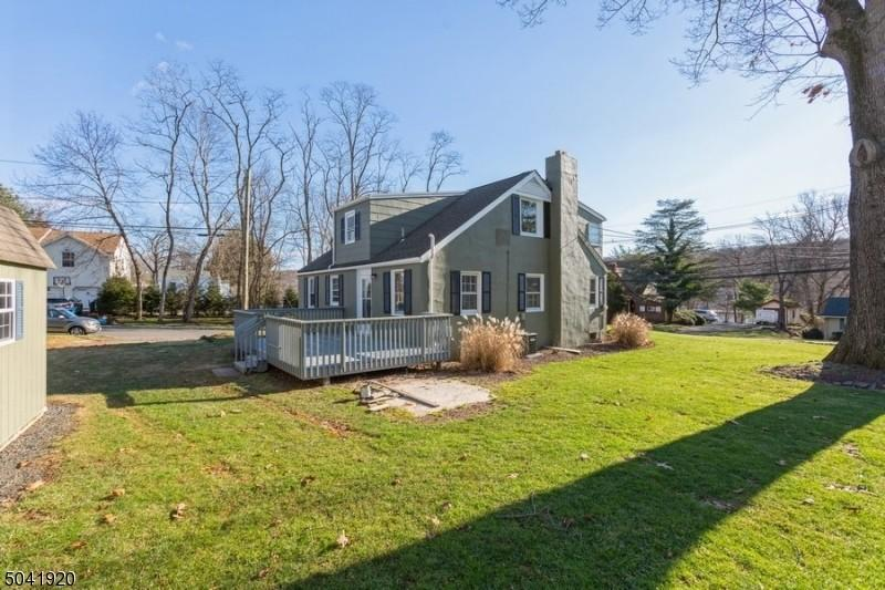 front view2-11_Lakeview_ave_Watchung-NJ-08854